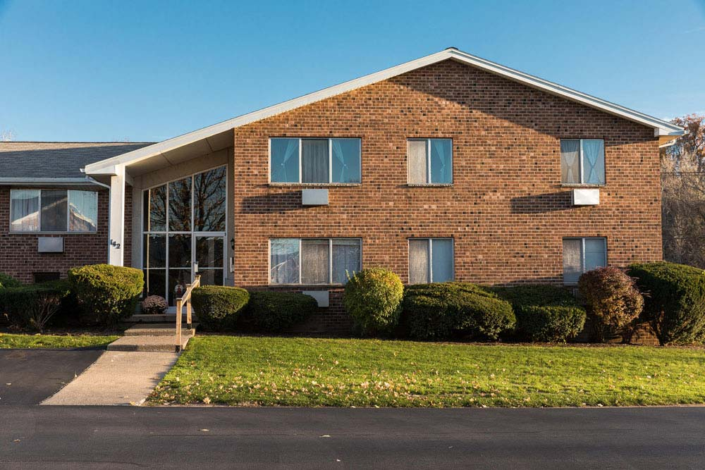 Pennwood Apartments for rent in Penfield NY